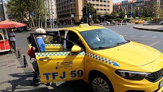 İstanbul'da bin yeni taksi plakası 8. kez reddedildi