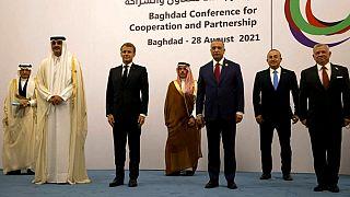 Der Emir von Katar, der saudische und der türkische Außenminister waren einige der Gäste der Konferenz in Bagdad.
