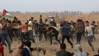 Сторонники ХАМАС протестуют на границе с Израилем против затяжной экономической блокады Сектора Газа, 28 августа 2021 г.