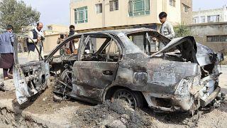 Автомобиль, поврежденный в результате ракетного удара