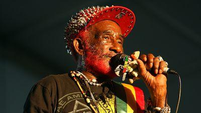 """Décès de Lee """"Scratch"""" Perry, le producteur de Bob Marley"""