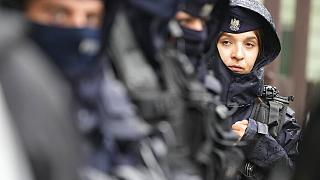 Lengyel rendőrök 2021 augusztusában