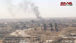 الجيش السوري يقصف مناطق خاضعة لسيطرة المعارضة المسلحة في درعا البلد