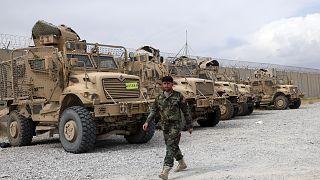 Bagram hava üssünde bırakılan MRAP araçları, 5 Temmuz 2021