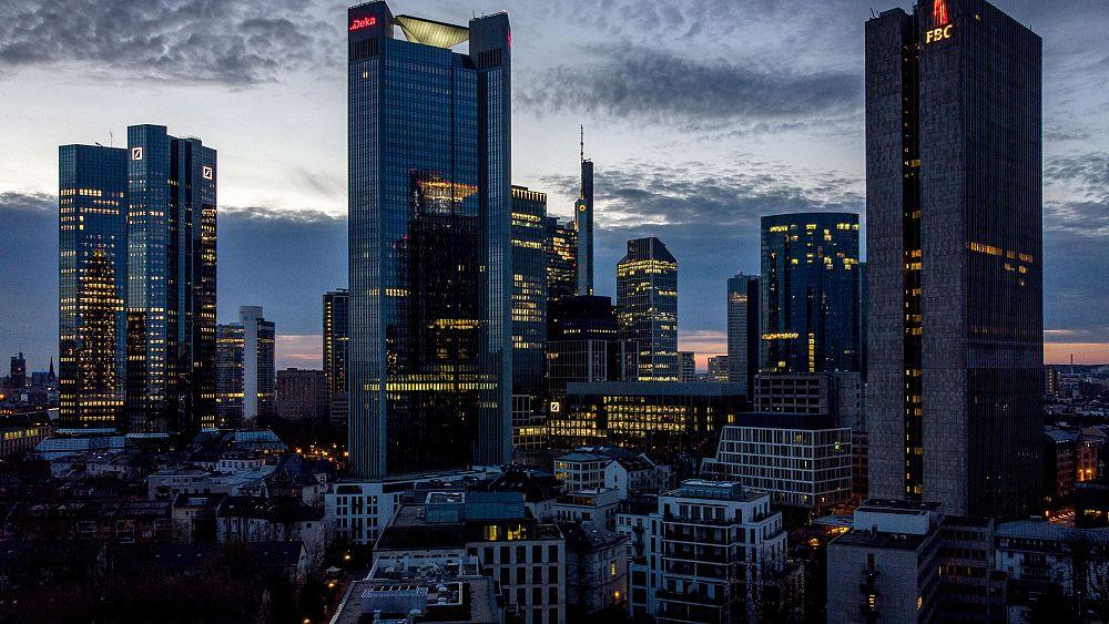 Inflasi zona euro naik ke level tertinggi 10 tahun