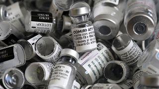 Il 70% degli europei adulti è vaccinato. Per l'Ue serve aiutare i Paesi più poveri