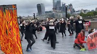 مظاهرة لمنظمة Extinction Rebellion المدافعة عن البيئة في العاصمة البريطانية لندن