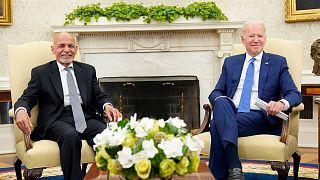 جو بایدن، رئیس جمهوری آمریکا و اشرف غنی، رئیس جمهوری پیشین افغانستان