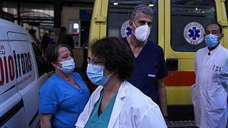 Des soignants manifestent à Athènes le 1er septembre 2021