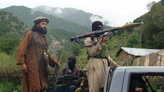 Pakistan Taliban'ına (TTP) mensup militanlar