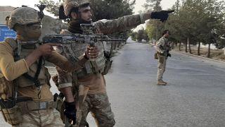 کمک نیروهای اروپایی به ارتش افغانستان در جریان نبرد با طالبان