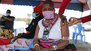 Impfstation in Kimana: Nicht alle Massai lassen sich spritzen.