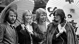 Die vier Mitglieder der schwedischen Popgruppe ABBA 1980 in Tokio.