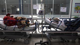 Пациенты с COVID-19 в больнице Сипакиры, Колумбия
