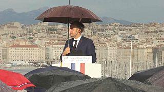 الرئيس الفرنسي يلقي خطابا في مدينة مارسيليا