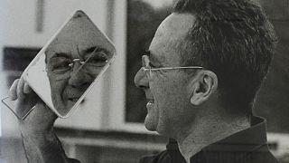 Gerhard Richter kölni műtermében - Benjamin Katz fotográfiája a Magyar Nemzeti Galéria kiállításán