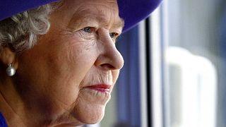 الملكة إليزابيث الثانية، باينوود، إنجلترا، الجمعة 2 نوفمبر 2007