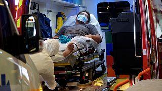 أول وفاة جرّاء كوفيد-19 في نيوزيلندا منذ ستة أشهر