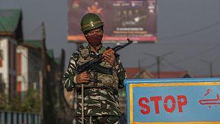 نیروهای امنیتی در منطقه کشمیر تحت کنترل هند
