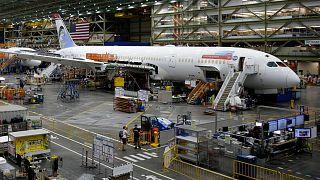 """طائرة بوينغ من طراز """"787 دريملاينر"""""""