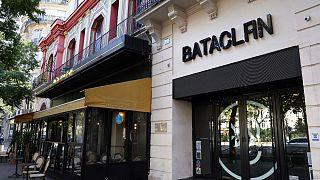 مسرح ومقهى باتاكلان في الدائرة الحادية عشرة في باريس