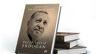 """Türkiye Cumhurbaşkanı Recep Tayyip Erdoğan tarafından kaleme alınan """"Daha Adil Bir Dünya Mümkün"""" kitabı"""