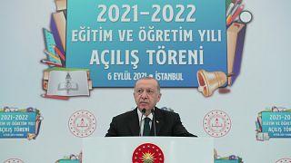 Cumhurbaşkanı Recep Tayyip Erdoğan, Sultanahmet Mesleki ve Teknik Anadolu Lisesi'nde 2021-2022 Eğitim Öğretim Yılı Açılış Programı'na katılarak konuşma yaptı