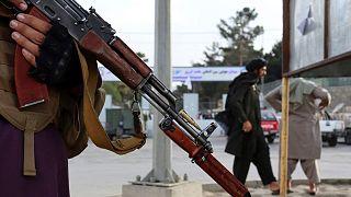 داعش مسئولیت حمله به فرودگاه کابل را پذیرفت