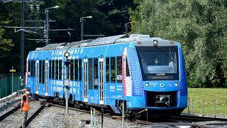 """Coradia ILint, le premier train à """"hydrogène gris"""" à rouler en France, le 6 septembre 2021"""