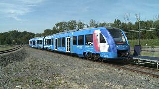 Поезд на водородном топливе