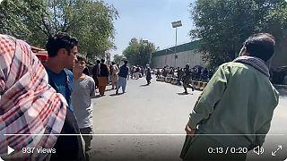 Afghanistan: i talebani aprono il fuoco durante una manifestazione a Kabul
