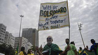 Un manifestant pro-Bolsonaro ce mardi matin à Rio de Janeiro
