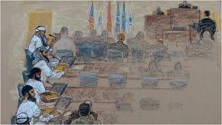 رسم لإحدى جلسات محاكمة المتهمين بالخمسة بتدبير هجمات 11 أيلول/سبتمبر