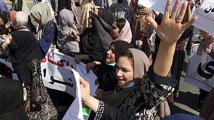 Women march in Kabul against Pakistan and demanding freedom