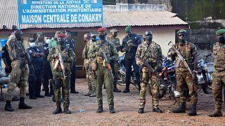 Coup d'Etat en Guinée : quelle transition politique pour le pays ?