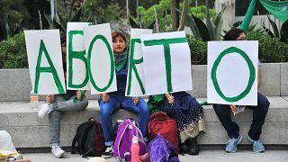 Archive - Des femmes lors d'une manifestation pour la dépénalisation de l'avortement à Mexico en 2019