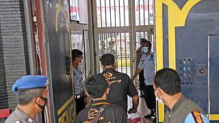 Δυνάμεις ασφαλείας στην κεντρική πύλη της φυλακής της επαρχίας Μπαντέν στην Ινδονησία