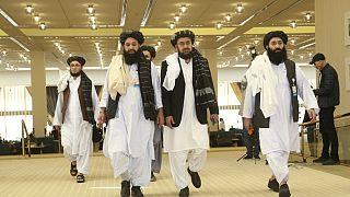 Doha'da ABD ile barış müzakereleri yürüten Taliban heyetinin bazı üyeleri (arşiv)