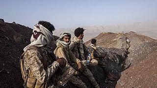 السعودية نيوز |      مصادر: عشرات القتلى في معارك جديدة حول مأرب بشمال اليمن