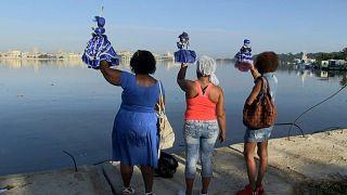 Cubanos rezam por proteção face à Covid-19