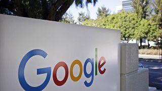 المقر الرئيسي لشركة غوغل في ماونتن فيو بولاية كاليفورنيا.