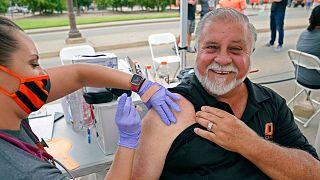 واکسیناسیون کرونا در آمریکا