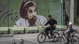 Sur un mur en Afghanistan, le commandant Massoud