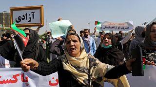 Afgan kadınların Kabil'deki gösterisi