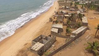 Au Togo, la lutte contre l'érosion côtière est enclenchée