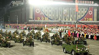 Kuzey Kore geçit töreni