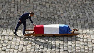 Γαλλία: Το «ύστατο χαίρε» στον Ζαν Πολ Μπελμοντό