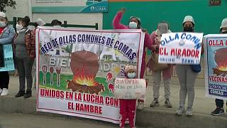 Protesta ante el Gran Mercado Mayorista de Lima contra el desperdicio de alimentos
