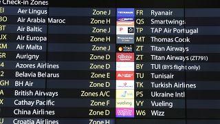 موقع تسجيل الوصول الخاص بشركة الطيران بمطار غاتويك في لندن.