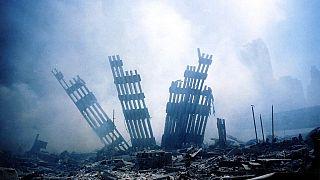 Les décombres des tours jumelles, le 11 septembre 2001